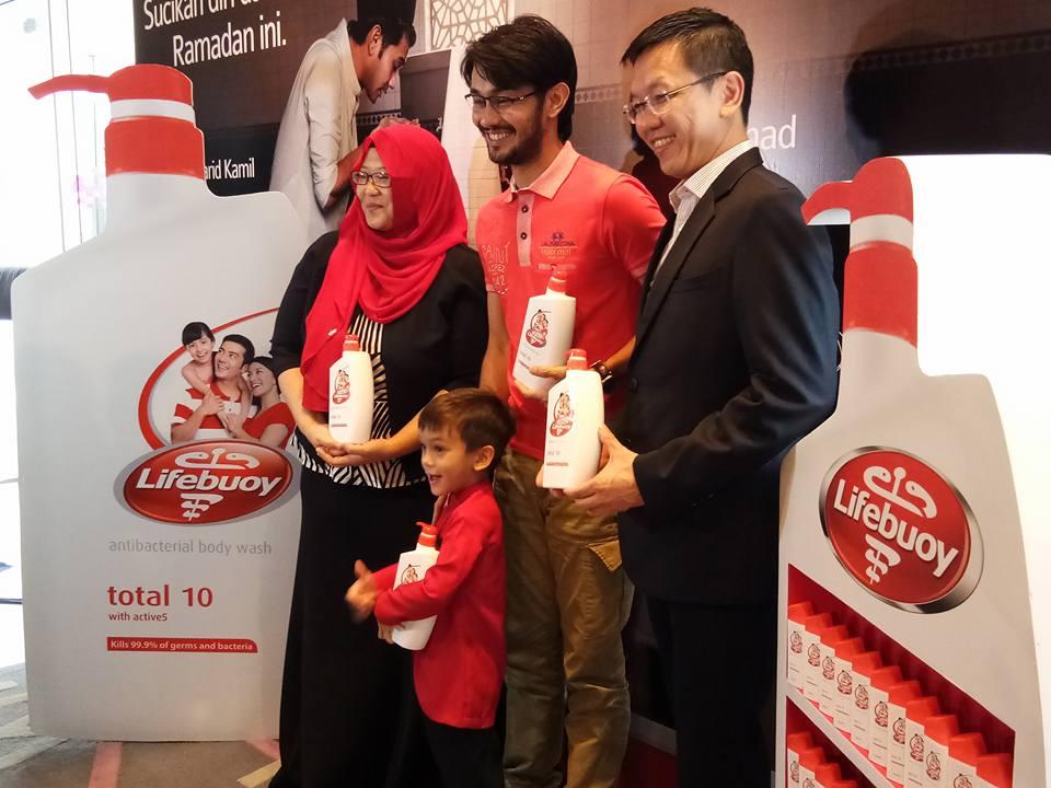 """""""Sucikan Diri Dan Hati, Ramadan Ini"""" Bersama Lifebuoy & TV3"""