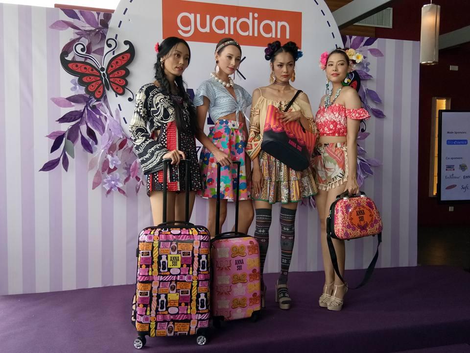 Beg Kembara Anna Sui Eksklusif Untuk Pelanggan Guardian Malaysia !